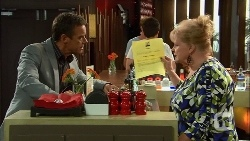 Paul Robinson, Sheila Canning in Neighbours Episode 6662