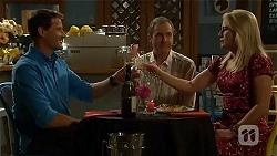 Matt Turner, Karl Kennedy, Lauren Turner in Neighbours Episode 6663