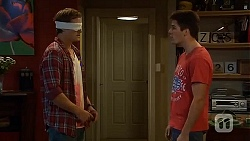 Kyle Canning, Chris Pappas in Neighbours Episode 6663