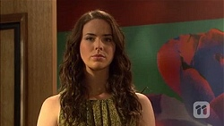Kate Ramsay in Neighbours Episode 6664