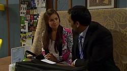 Caroline Perkins, Ajay Kapoor in Neighbours Episode 6664