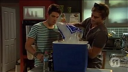 Chris Pappas, Kyle Canning in Neighbours Episode 6664