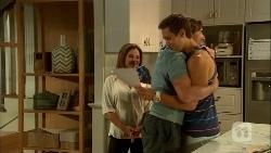 Terese Willis, Josh Willis, Brad Willis in Neighbours Episode 6666