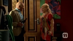 Dave (Fake Walter), Sheila Canning in Neighbours Episode 6667