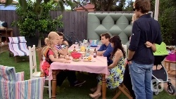 Sheila Canning, Chris Pappas, Lucas Fitzgerald, Vanessa Villante, Georgia Brooks, Kyle Canning in Neighbours Episode 6667