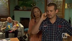 Dave (Fake Walter), Nell Rebecchi, Sonya Mitchell, Toadie Rebecchi in Neighbours Episode 6668