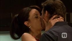 Vanessa Villante, Lucas Fitzgerald in Neighbours Episode 6671