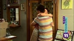Chris Pappas, Vanessa Villante in Neighbours Episode 6671