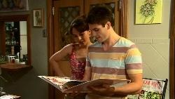 Vanessa Villante, Chris Pappas in Neighbours Episode 6671
