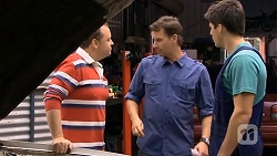 Thomas Spencer, Lucas Fitzgerald, Chris Pappas in Neighbours Episode 6673
