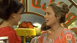 Vanessa Villante, Sonya Rebecchi in Neighbours Episode 6673