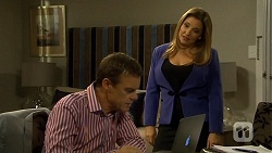 Paul Robinson, Terese Willis in Neighbours Episode 6675