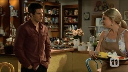 Chris Pappas, Amber Turner in Neighbours Episode 6676