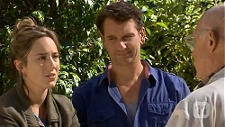 Sonya Mitchell, Lucas Fitzgerald, Dave (Fake Walter) in Neighbours Episode 6678