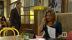 Paul Robinson, Terese Willis in Neighbours Episode 6678