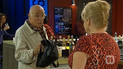 Dave (Fake Walter), Sheila Canning in Neighbours Episode 6678