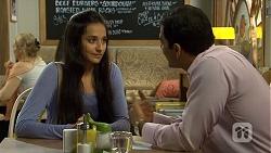 Rani Kapoor, Ajay Kapoor in Neighbours Episode 6680