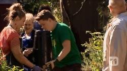 Sonya Rebecchi, Sheila Canning, Callum Rebecchi, Dave (Fake Walter) in Neighbours Episode 6682