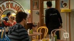 Chris Pappas, Hudson Walsh in Neighbours Episode 6682