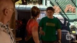 Dave (Fake Walter), Sonya Rebecchi, Callum Rebecchi in Neighbours Episode 6682