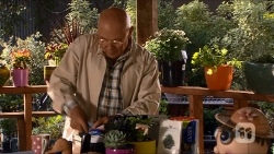Dave (Fake Walter) in Neighbours Episode 6682