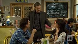 Lucas Fitzgerald, Paul Robinson, Vanessa Villante in Neighbours Episode 6683