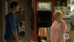Kyle Canning, Sheila Canning in Neighbours Episode 6683