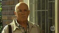 Dave (Fake Walter) in Neighbours Episode 6683
