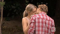 Amber Turner, Clay Blair in Neighbours Episode 6683