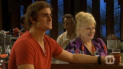 Kyle Canning, Sheila Canning in Neighbours Episode 6685