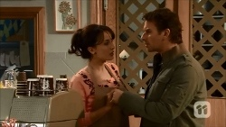Vanessa Villante, Lucas Fitzgerald in Neighbours Episode 6686