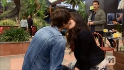 Mason Turner, Kate Ramsay, Lucas Fitzgerald in Neighbours Episode 6686