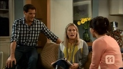 Matt Turner, Lauren Turner, Vanessa Villante in Neighbours Episode 6686
