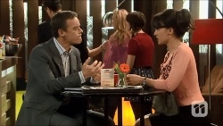 Paul Robinson, Vanessa Villante in Neighbours Episode 6687