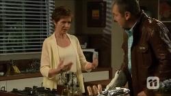 Susan Kennedy, Karl Kennedy in Neighbours Episode 6687