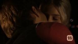 Josh Willis, Amber Turner in Neighbours Episode 6687