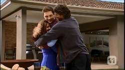 Terese Willis, Josh Willis, Brad Willis in Neighbours Episode 6692