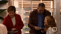 Susan Kennedy, Karl Kennedy, Holly Hoyland in Neighbours Episode 6696