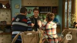 Toadie Rebecchi, Callum Jones, Sonya Mitchell in Neighbours Episode 6701