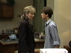 Beverly Robinson, Todd Landers in Neighbours Episode 1193