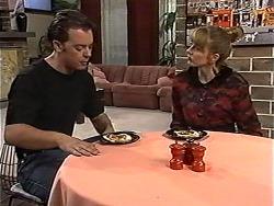 Matt Robinson, Melanie Pearson in Neighbours Episode 1194