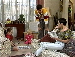 Lochy McLachlan, Sky Mangel, Joe Mangel, Kerry Bishop in Neighbours Episode 1195