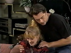 Melanie Pearson, Matt Robinson in Neighbours Episode 1195
