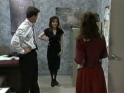 Paul Robinson, Caroline Alessi, Christina Alessi in Neighbours Episode 1196