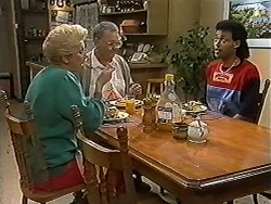 Madge Bishop, Harold Bishop, Eddie Buckingham in Neighbours Episode 1198