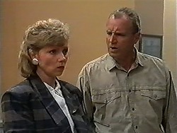 Beverly Marshall, Jim Robinson in Neighbours Episode 1198