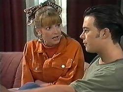 Melanie Pearson, Matt Robinson in Neighbours Episode 1198