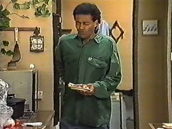 Eddie Buckingham in Neighbours Episode 1198