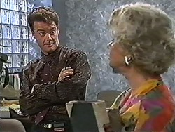 Paul Robinson, Helen Daniels in Neighbours Episode 1199
