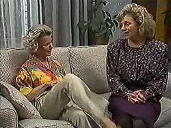 Helen Daniels, Beverly Robinson in Neighbours Episode 1199